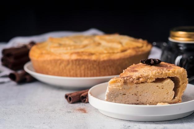 Vue de face du concept de tarte délicieux