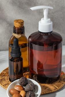 Vue de face du produit d'arganier naturel