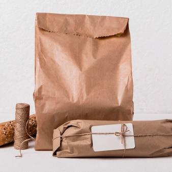 Vue de face produits de boulangerie emballés
