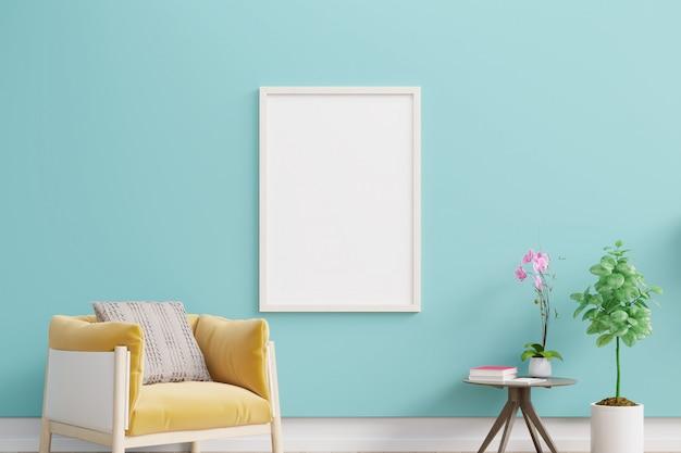 Vue de face d'un salon avec mur bleu chambre vide sur mur bleu clair.