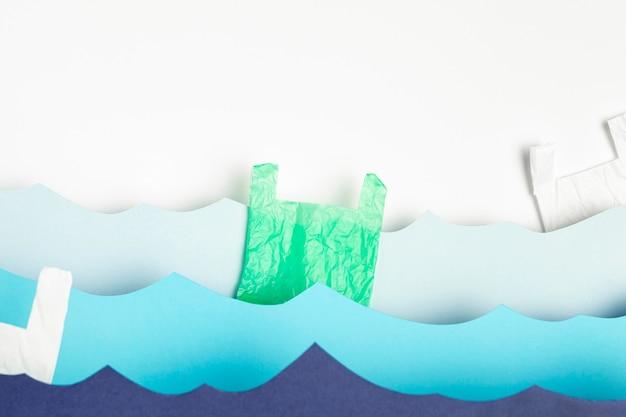 Vue de face des vagues de l'océan en papier