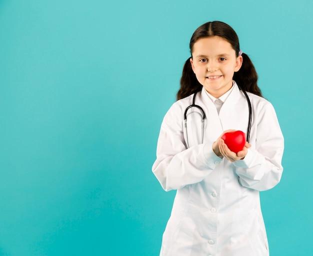Vue frontale, de, docteur, tenue, coeur