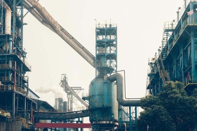 Vue intérieure d'une aciérie