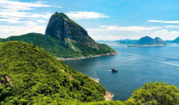 Vue sur le mont du pain de sucre à rio de janeiro, brésil