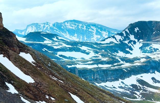 Vue sur la montagne des alpes du grossglockner high alpine road