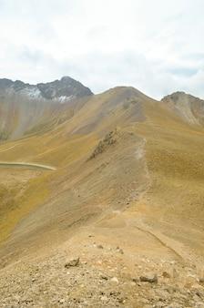 Vue sur le nevado de toluca, volcan inactif du mexique.