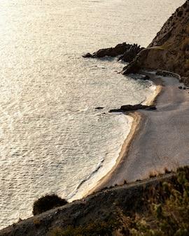 Vue paisible sur les ressources naturelles de la mer