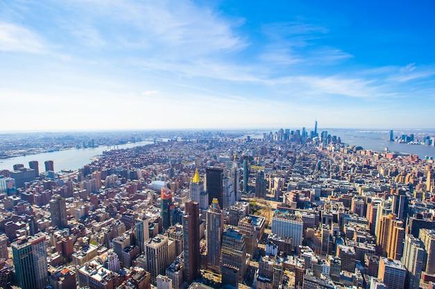 Vue panoramique aérienne du centre-ville de new york city manhattan