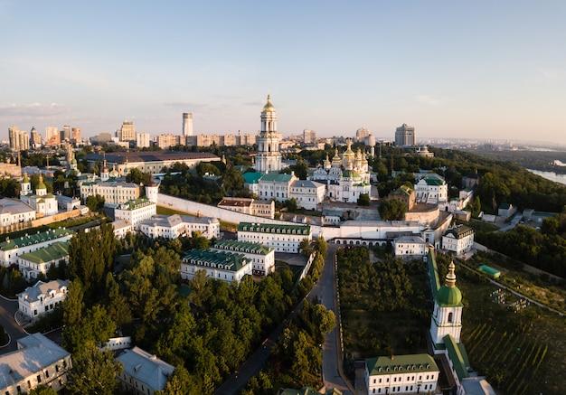 Vue panoramique aérienne de kiev