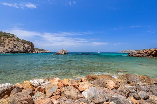 Vue panoramique sur la baie cala xarraca