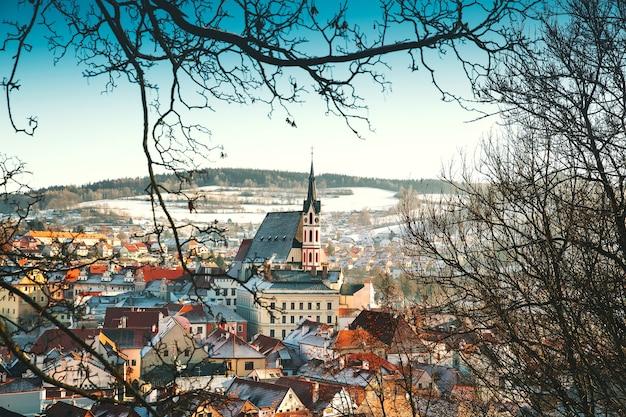 Vue panoramique de cesky krumlov en hiver république tchèque voyage et vacances en europe