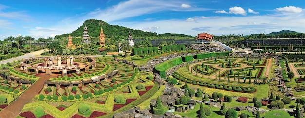 Vue panoramique du jardin nong nooch à pattaya, thaïlande