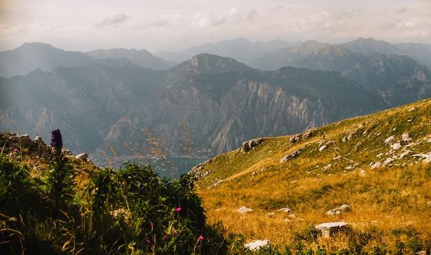 Vue panoramique du monte baldo en italie
