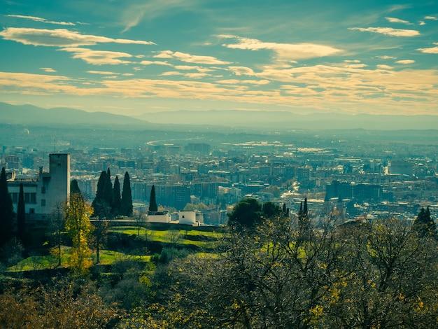 Vue panoramique de la ville de grenade.