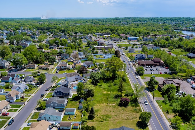 Vue panoramique de la vue en hauteur toits petite ville de maison de quartiers résidentiels ville de sayreville nj usa