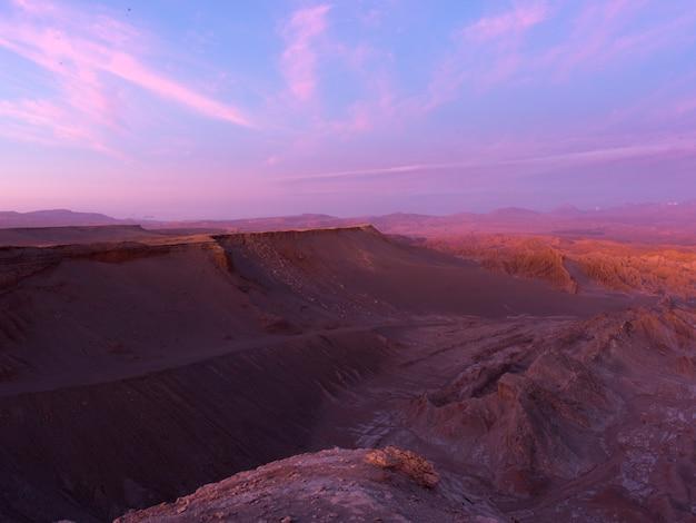 Vue de paysage rocheux, vallée de la mort, san pedro de atacama, province d'el loa, région d'antofagasta, ch
