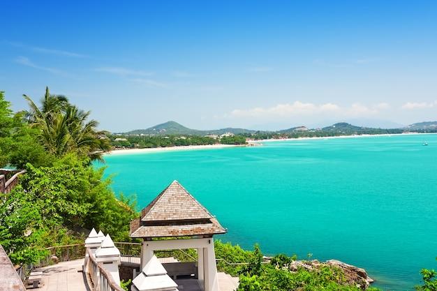 Vue sur la plage de chaweng, koh samui, thaïlande, asie