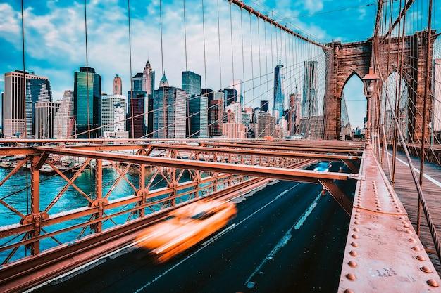 Vue sur le pont de brooklyn à new york.