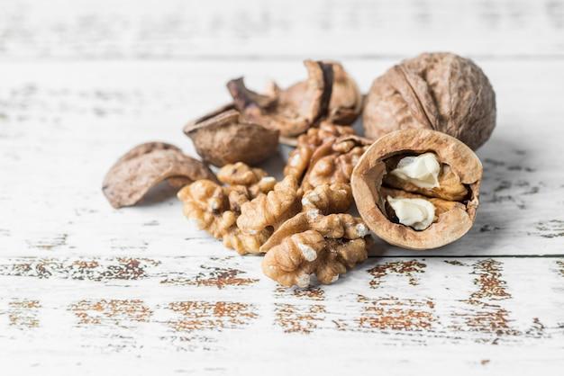 Vue rapprochée de l'arrangement des noix