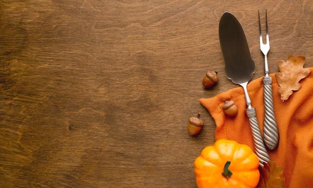 Vue rapprochée des couverts de thanksgiving