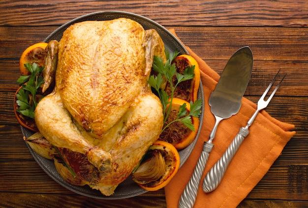 Vue rapprochée de la délicieuse dinde de thanksgiving