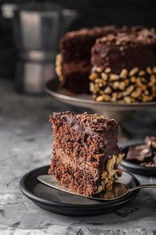 Vue rapprochée du délicieux gâteau au chocolat