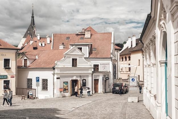 Vue de la rue kaplika. cesky krumlov, république tchèque. 20 mai 2017