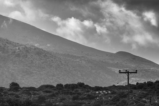 Vue de la station balnéaire de stalida sur l'île de crète.