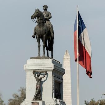 Vue de la statue monumentale, santiago, région métropolitaine de santiago, chili