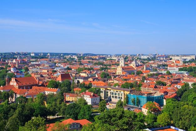 Vue de la ville depuis la tour de gediminas vilnius.