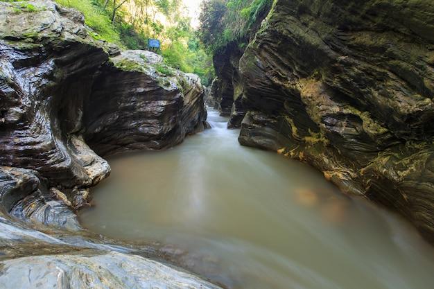 Wang sila laeng, paysage du grand canyon wang sila laeng, district de pua, nan, thaïlande