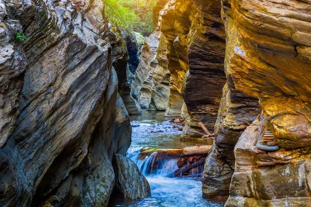 Wang sila lang grand canyon, district de pua, nan en thaïlande