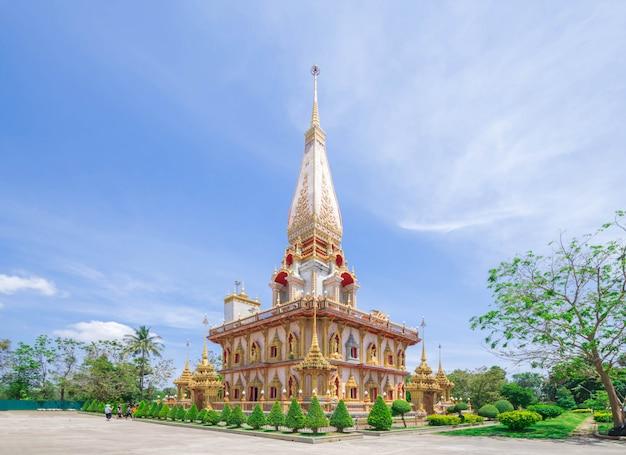 Wat architecture chalong à phuket, thaïlande.