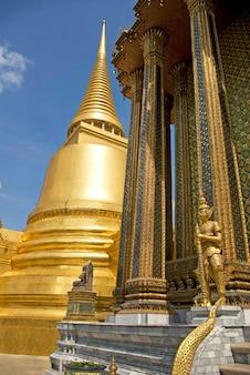 Wat phra kaeo, temple du bouddha d'émeraude, thaïlande