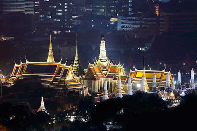 Wat phra kaew temple du bouddha d'émeraude bangkok thaïlande