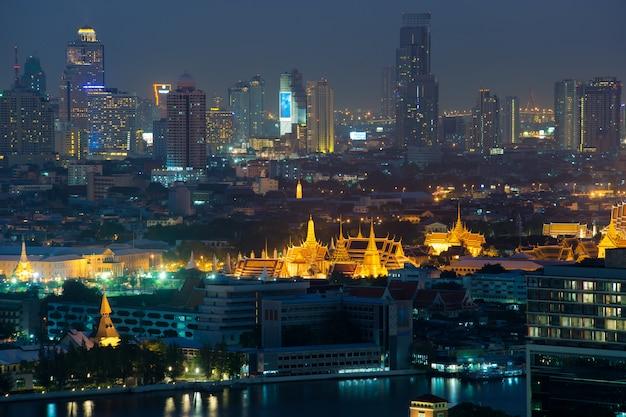 Wat phra kaew, temple du bouddha d'émeraude, bangkok, thaïlande.