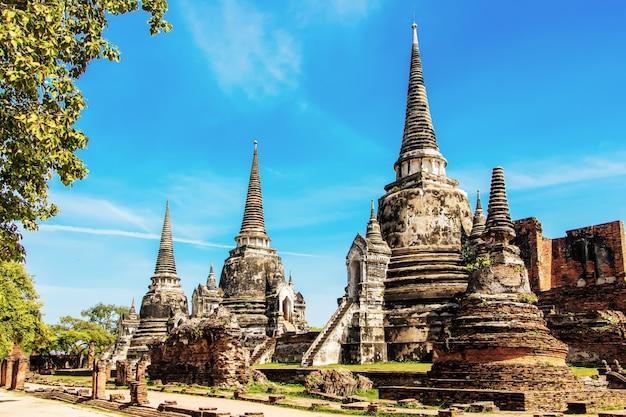 Wat phra si sanphet est une attraction touristique populaire à ayutthaya en thaïlande.