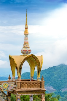 Wat phra that pha son kaew, province de petchraboon, thaïlande