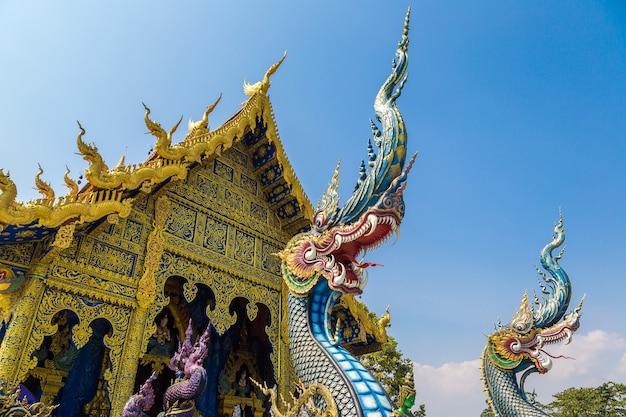 Wat rong sua ten (temple bleu) à chiang rai