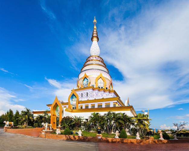Wat tha ton est un temple bouddhiste dans la province de chiang mai, thaïlande