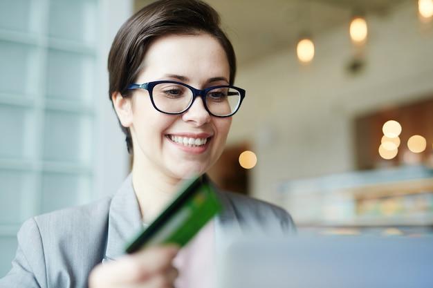 Web shopping avec carte de crédit