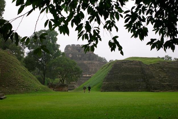 Xunantunich, ruines mayas