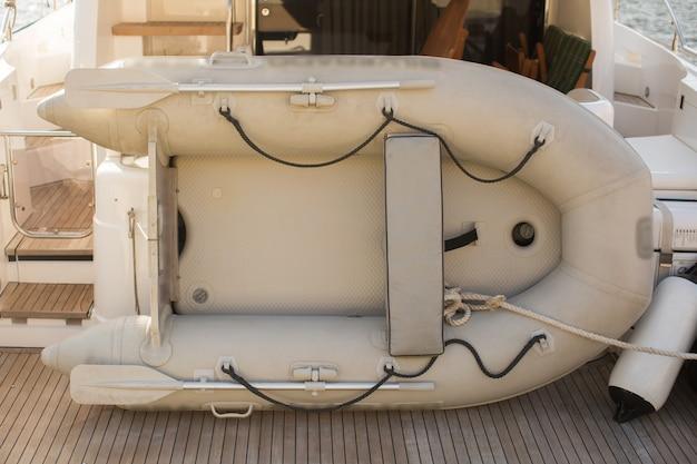 Yacht de sauvetage bateau pneumatique