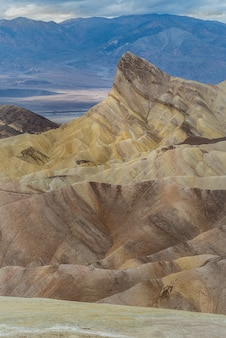 Zabriskie point dans le parc national de death valley