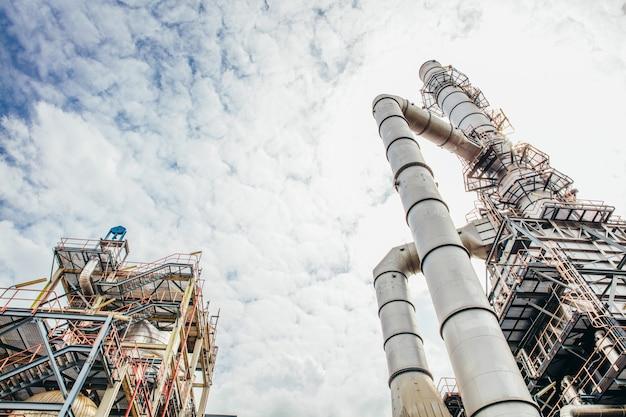 Zone industrielle, l'équipement de raffinage du pétrole
