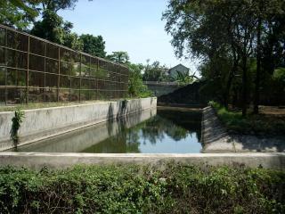 Zoo de surabaya, canal