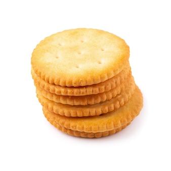 Biscuits savoureux biscuits croustillants isolés sur fond blanc