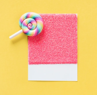 Bonbons lolipop colorés et mignons