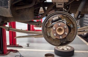 Changer les roues d'un garage