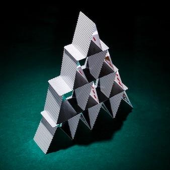 Composition moderne des cartes de poker